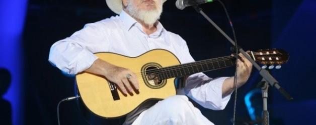 Σαββόπουλος Διονύσης Live που τραγουδάει